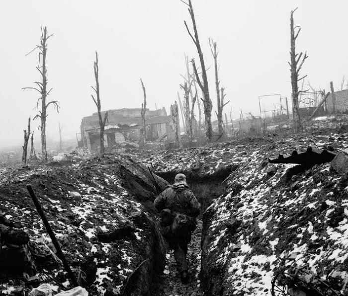 Donbass, la dernière guerre de tranchées   Exposition de photographies d'Edouard Elias |